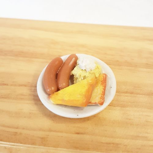 Egg, Sausage and Toast breakfast