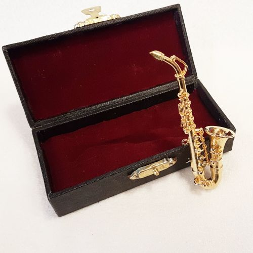 Alto Saxophone - PRICED TO CLEAR