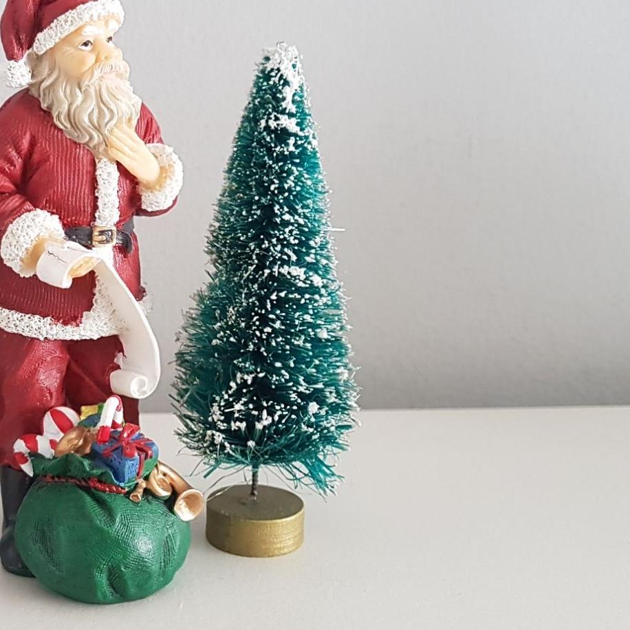 Snowy Christmas Tree : 100mm