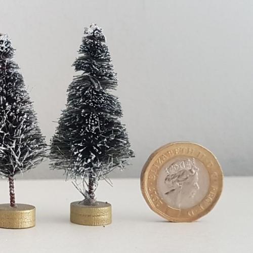 Tiny Christmas Tree : 53mm