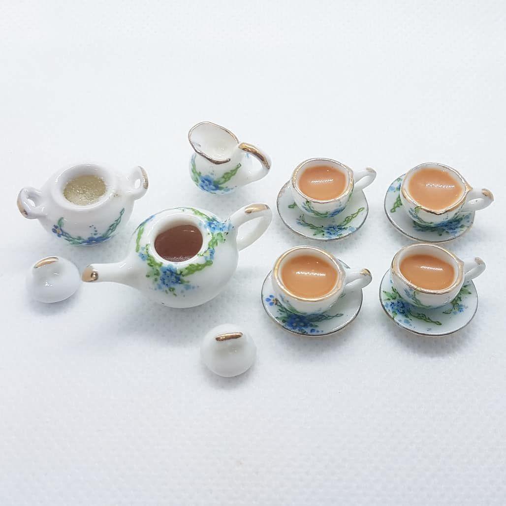 """Tea Set - """"Forget me not"""" floral. FILLED"""