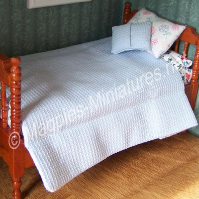 MM23 Bedding set side two