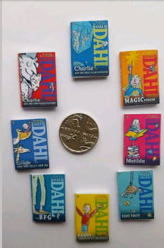 8 x Roald Dahl books SET 2