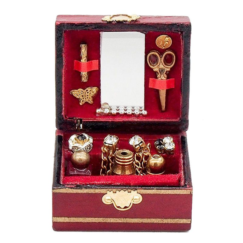Jewelry box with fixed content