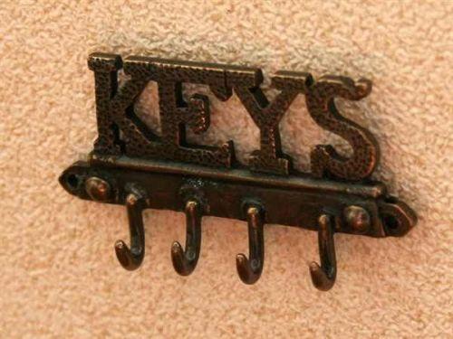 Hallway Keys, Coat hanger