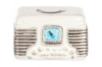 White Retro Radio