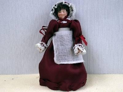 Lady - Mrs Plum