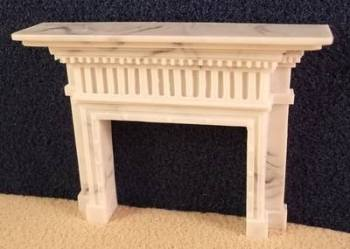 Fireplace surround with square columns and wide mantle - 1:24 24th Scale
