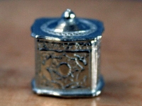 Tea Caddy - silver Plated