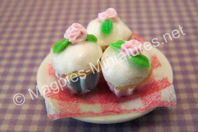 Rosebud Cup cakes dishes