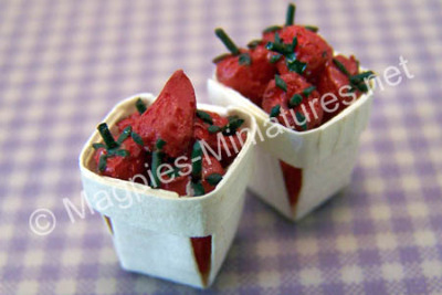 Set of 2 Strawberry Punnets