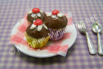 Chocolate and cherry cupcakes