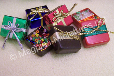 Christmas Parcels & Contents