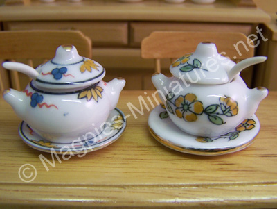 Tureens, Large, Pair of