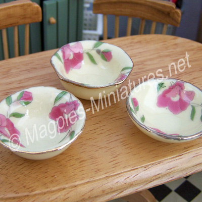 Pack of 3 Floral Fruit Bowls