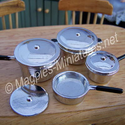 Metal Saucepans Pack of  4
