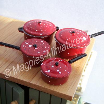 Saucepan Set, Red
