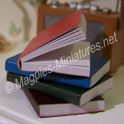 """Pack of 4 """"Leather"""" Books"""