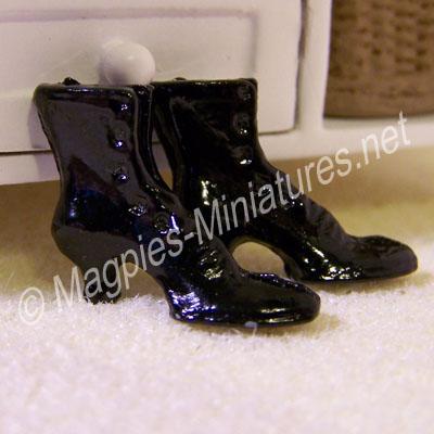 Black Victorian Ladies Boots