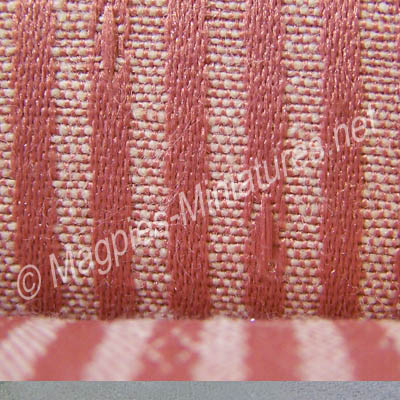 8025 fabric detail