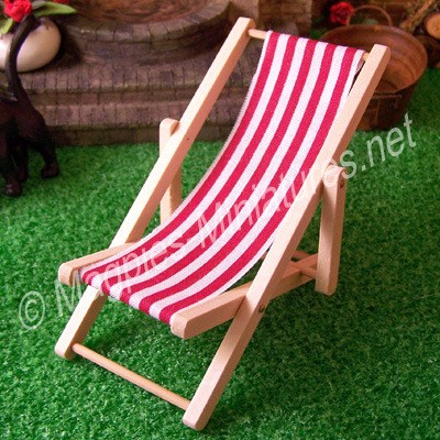 Red Deck Chair - THICK STRIPE
