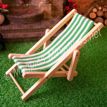 Green Deck Chair - THICK STRIPE