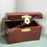 Red/Mahogany Coloured Wooden Chest