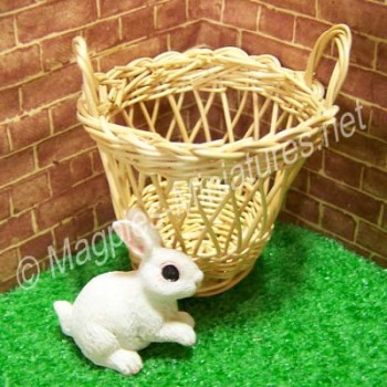 Wicker Basket / Waste Paper Bin