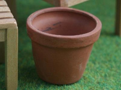 Large Flower Pot - Terracotta