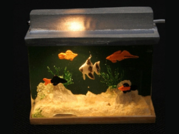 Large Fish Tank - Lights Up!