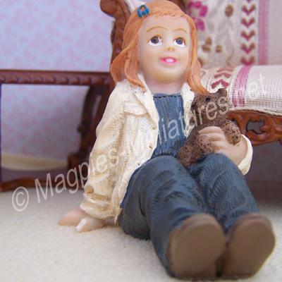 Child - Girl with teddy bear