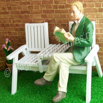 Man - Reading