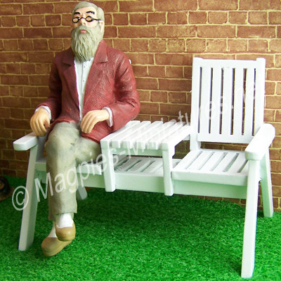 bu9407wh twin garden seat man sitting