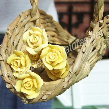 Set Of 6 Single Roses Yellow-REDUCED TO CLEAR-DAMAGED