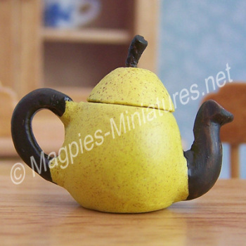 Vegetable Teapot- Pear