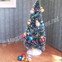 Christmas Decoration 12 Pack Glass Baubles