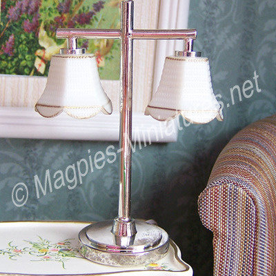 Modern Table Lamp with 2 Tulip Shade - Silver