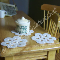 Pack of 6 Paper Doilies