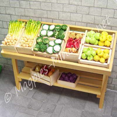 Fruit Stall, Pine
