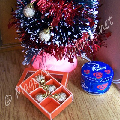 Box of Baubles - Gold Coloured