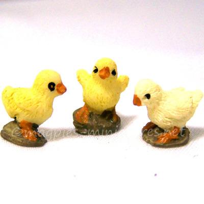 Set of 3 Baby Chicks 1:12