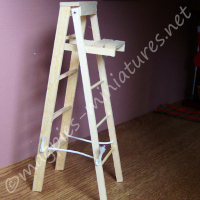 Wooden Stepladder - Small