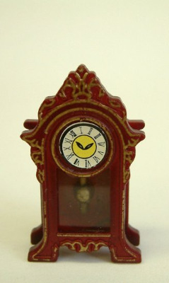 Elegant Mantle Clock