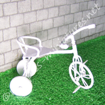 White Wire Tricycle