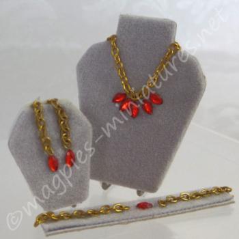 Ruby Jewellery Set