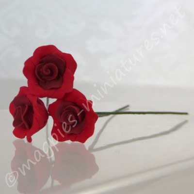 Set Of 3 Single Roses - Red