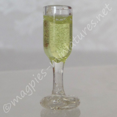Filled Wine Glass - White