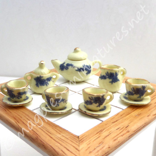 Tea Set - Lemon yellow with Blue flowers