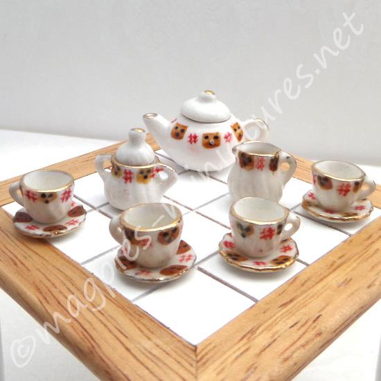 Black And Red Tea Set