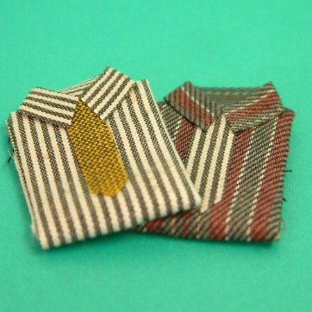 2 MENS SHIRTS & TIES
